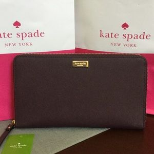 NWT KATE SPADE TRAVEL WALLET